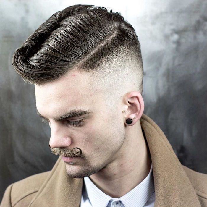 1001 Idees Coiffure Rockabilly Enroulez Vous Sur La Route De Memphis Cheveux Masculins Coiffure Homme Coiffures Classiques