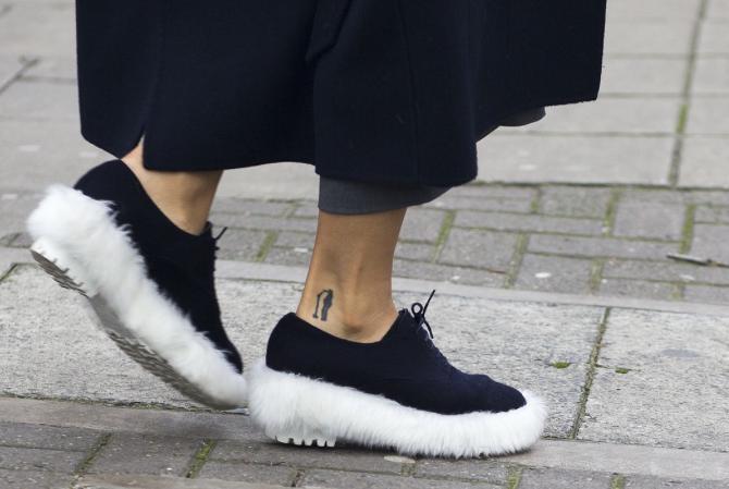 Street Style, shoe fur!