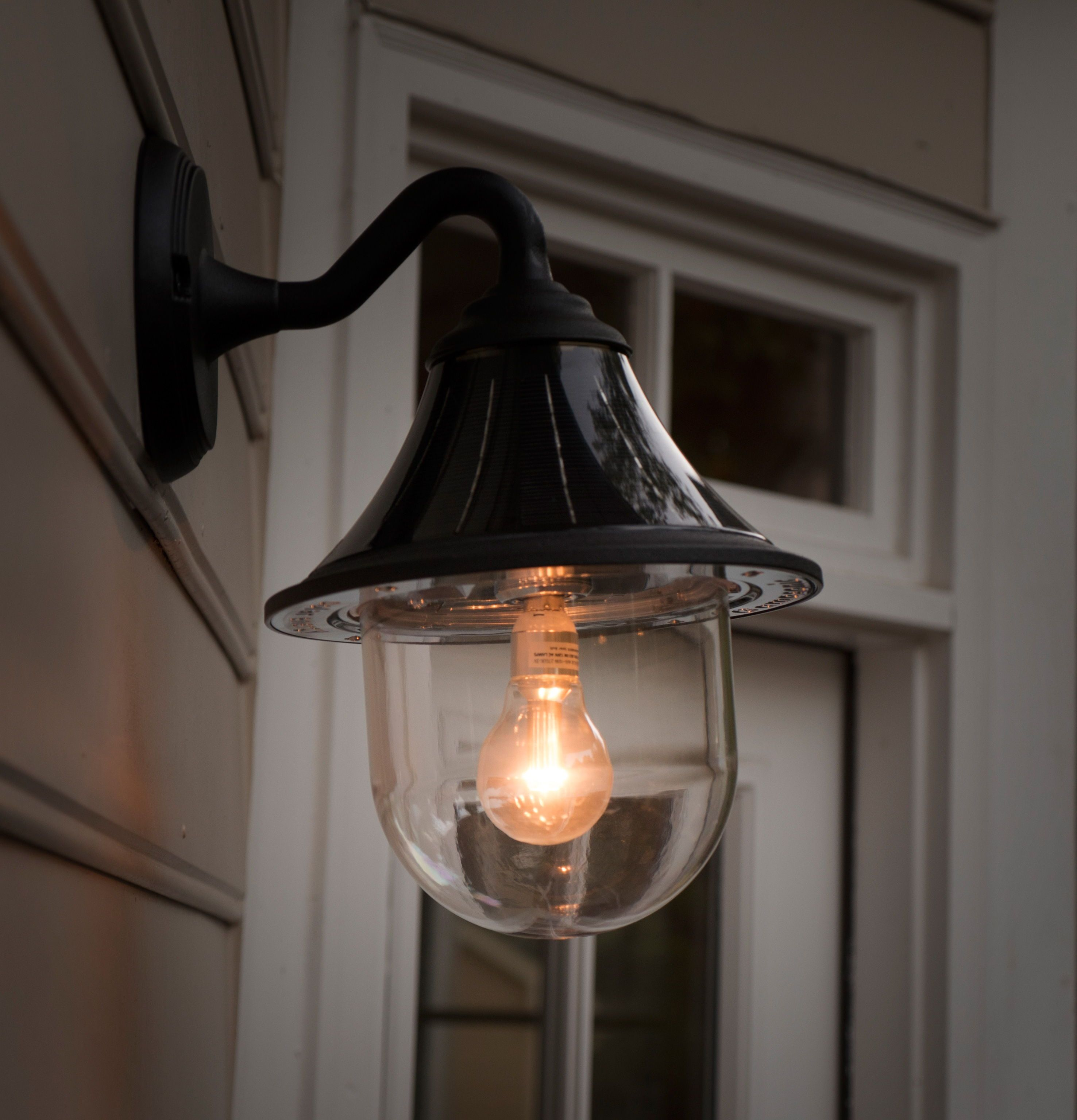 perfect for home and garden diy specialists looking to upgrade their exterior outdoor lighting no electrical wiring required  [ 2952 x 3072 Pixel ]