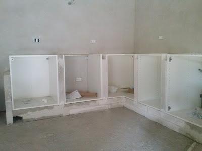 Costruire una cucina in muratura con mobili ikea | Per grecia ...