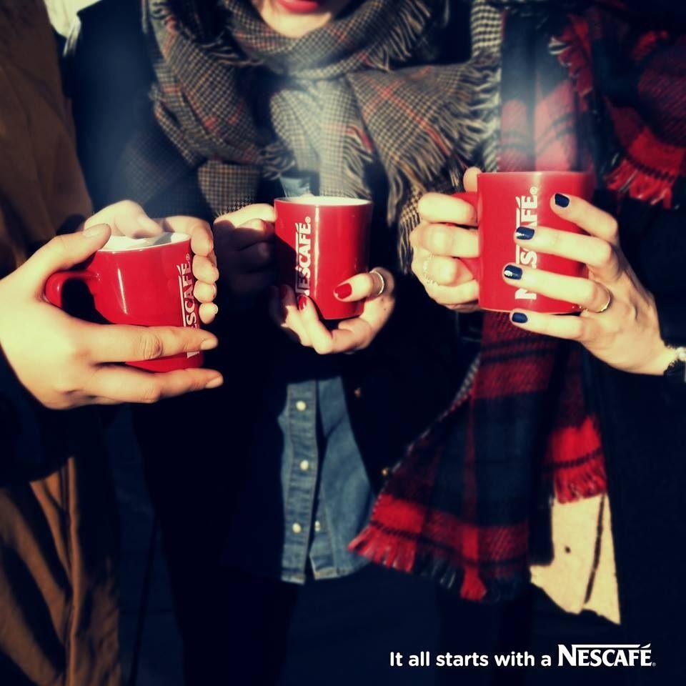 un caf pour se rchauffer et partager les derniers potins it all starts - Red Cafe Ideas
