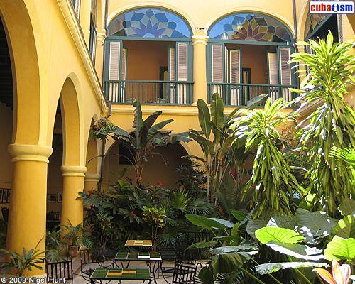 Google Image Result for http://hotelcondedevillanueva.com/images/hotel-conde-de-villanueva-courtyard-empty.jpg