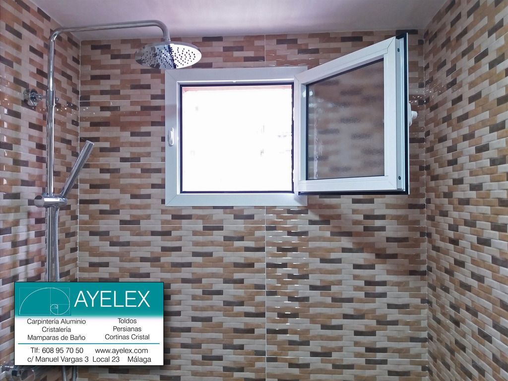 Instalaci N De Ventana Abatible Gla 40×20 Con Tapajuntas  # Muebles Velazquez Malaga