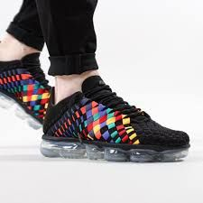 the best attitude 87151 01844 Nike Air Vapormax Inneva on feet