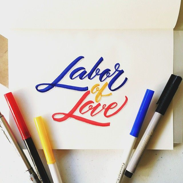 Labor or love #calligrafikas #grafikas #dreweuropeo  #moderncalligraphy #lettering #handlettering #madewithcrayola #crayolamarkers #crayolalettering