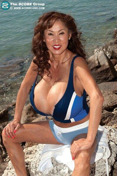 Nude petite asians girls