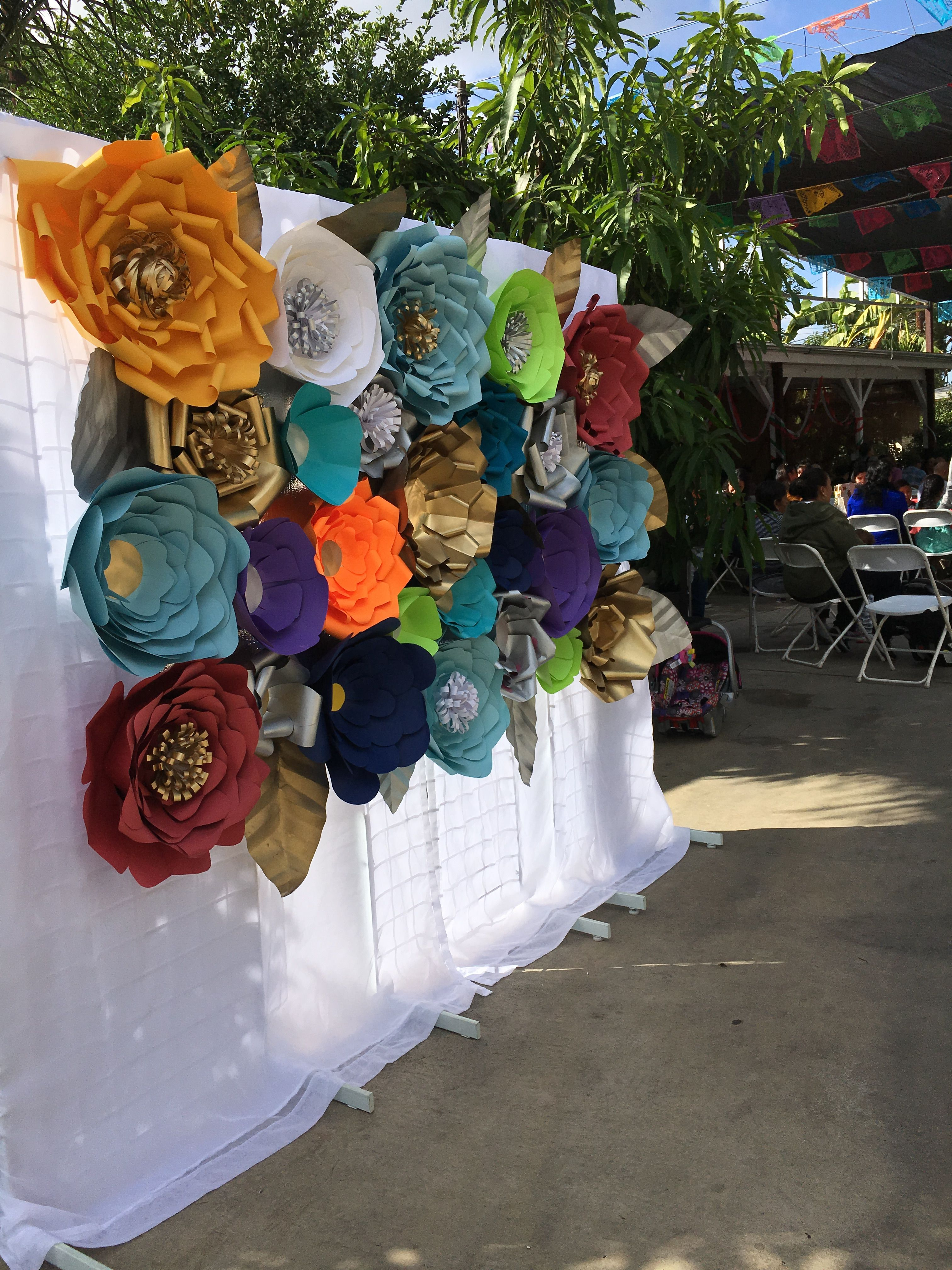 Photo Booth Colorful Paper Flowers How To Make Paper Flowers