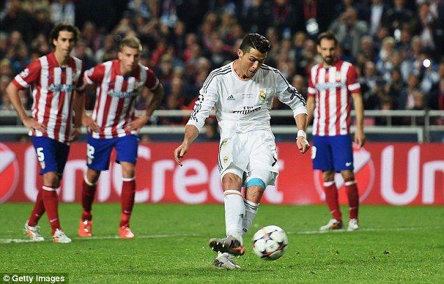 Specialist Cristiano Ronaldo Scoring The Penalty That Put Them 4 1 Up The Master Shows How It S Done Club Atlético De Madrid Ronaldo Cristiano Ronaldo Cr7