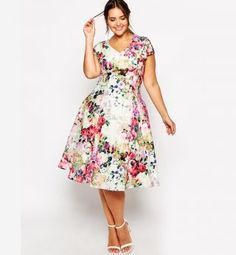 Modele robe pour femme ronde