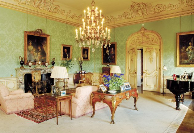 the antique furniture of downton abbey | drawing rooms, downton