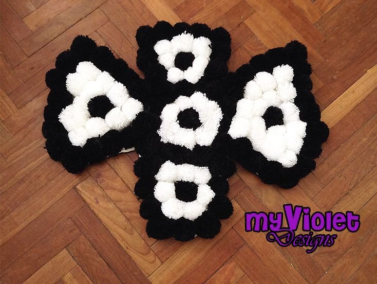 Alfombra de pompones de lana personalizada my violet - Alfombra de lana ...