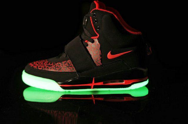 Nike Air Yeezy Glow In The Dark Shoes Black Red Dark Shoe Air Yeezy Yeezy