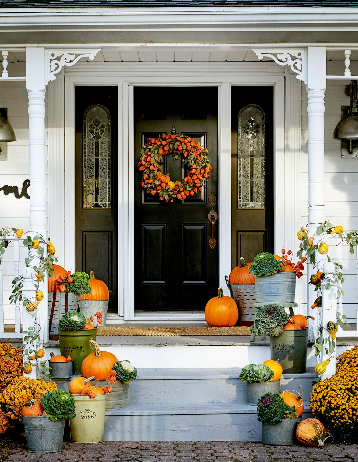 Beautiful Pumpkin Decorating Ideas To Get Your Home Ready For Fall Fall Outdoor Decor Fall Decor Fall Front Door