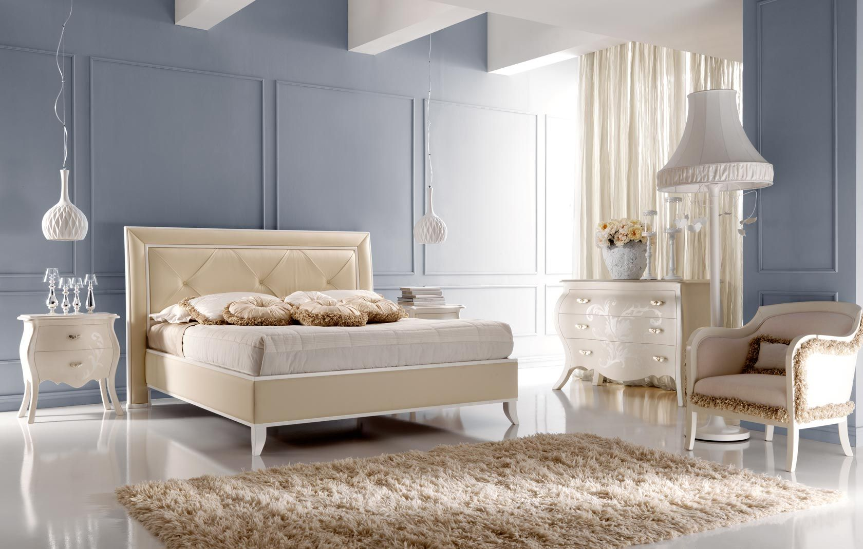 Comodini camera letto good comodino camera da letto with for Arredare casa bianco e beige