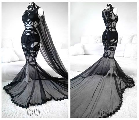 Dark lace-harness gown by Askasu.