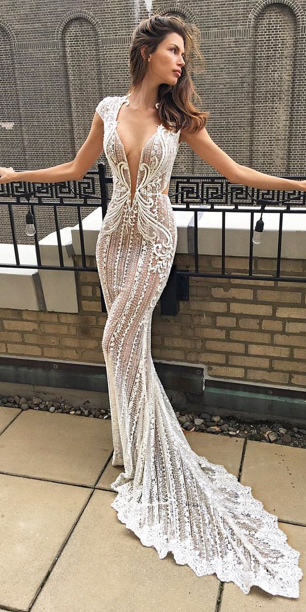 Top 33 designer wedding dresses 2018 wedding dress for Custom wedding dress designers