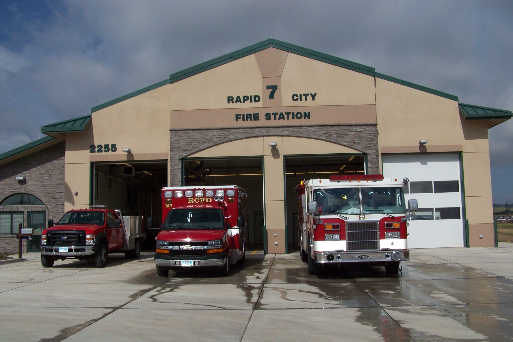 fire station kenneth bluew - HD1800×1200