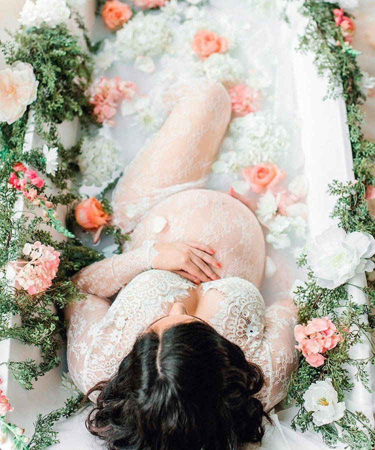 How To Take Milk Bath Maternity Photos #milkbath