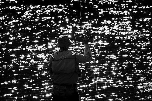 Pescando en las estrellas by 90+10, via Flickr