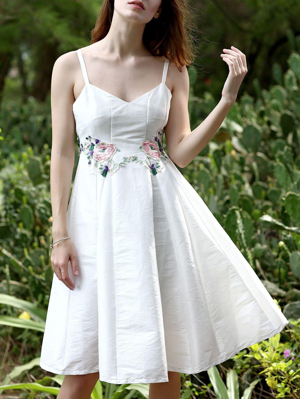 Floral Embroidery Spaghetti Straps Sleeveless Dress