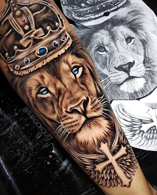 Lion King Tattoo Lion Forearm Tattoos Cool Forearm Tattoos Lion Tattoo Sleeves