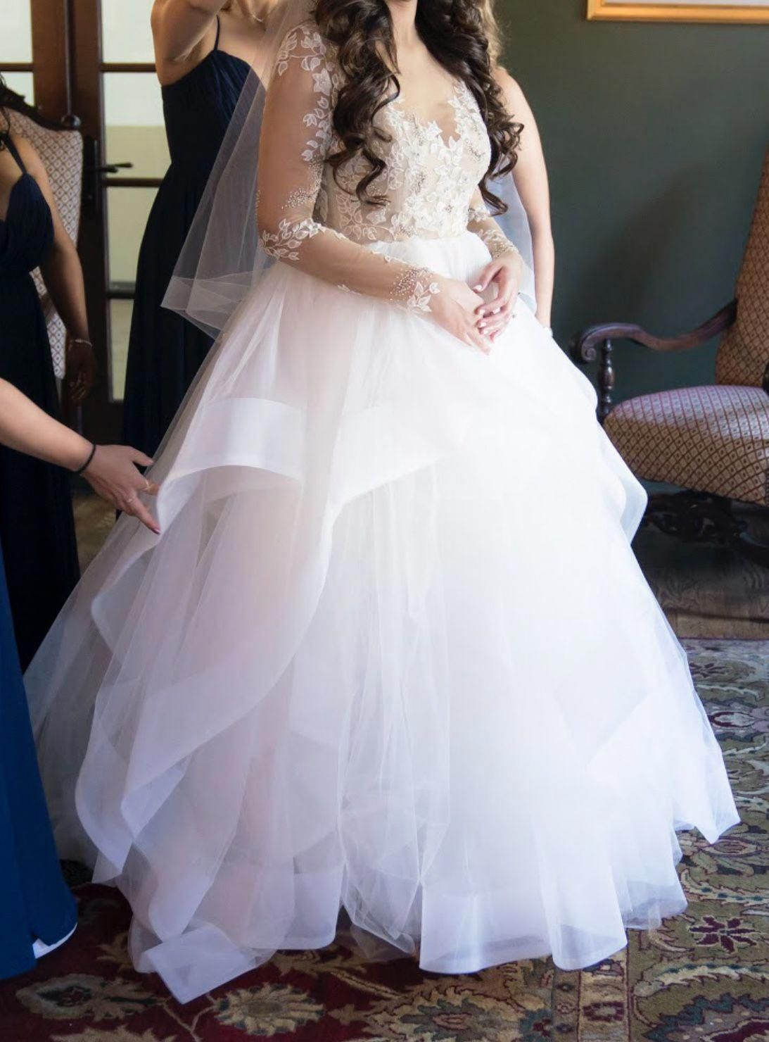 Hayley Paige Lorelei 6554 10 Plusweddingdresses Wedding Dresses Unique Modest Wedding Dresses Diy Wedding Dress [ 1480 x 1093 Pixel ]