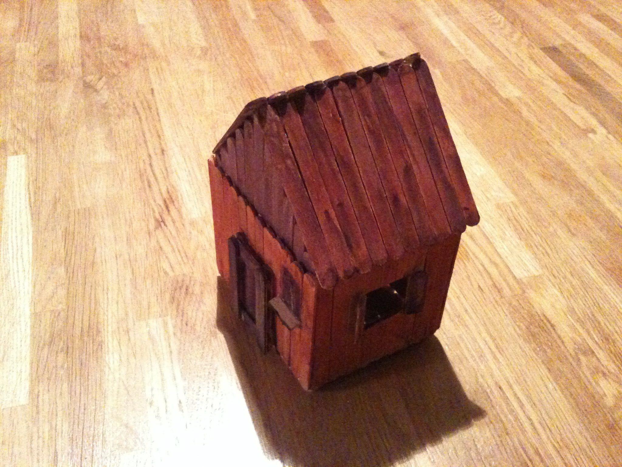 طريقة صنع كوخ من اعواد المثلجات Home Decor Decor Decorative Boxes