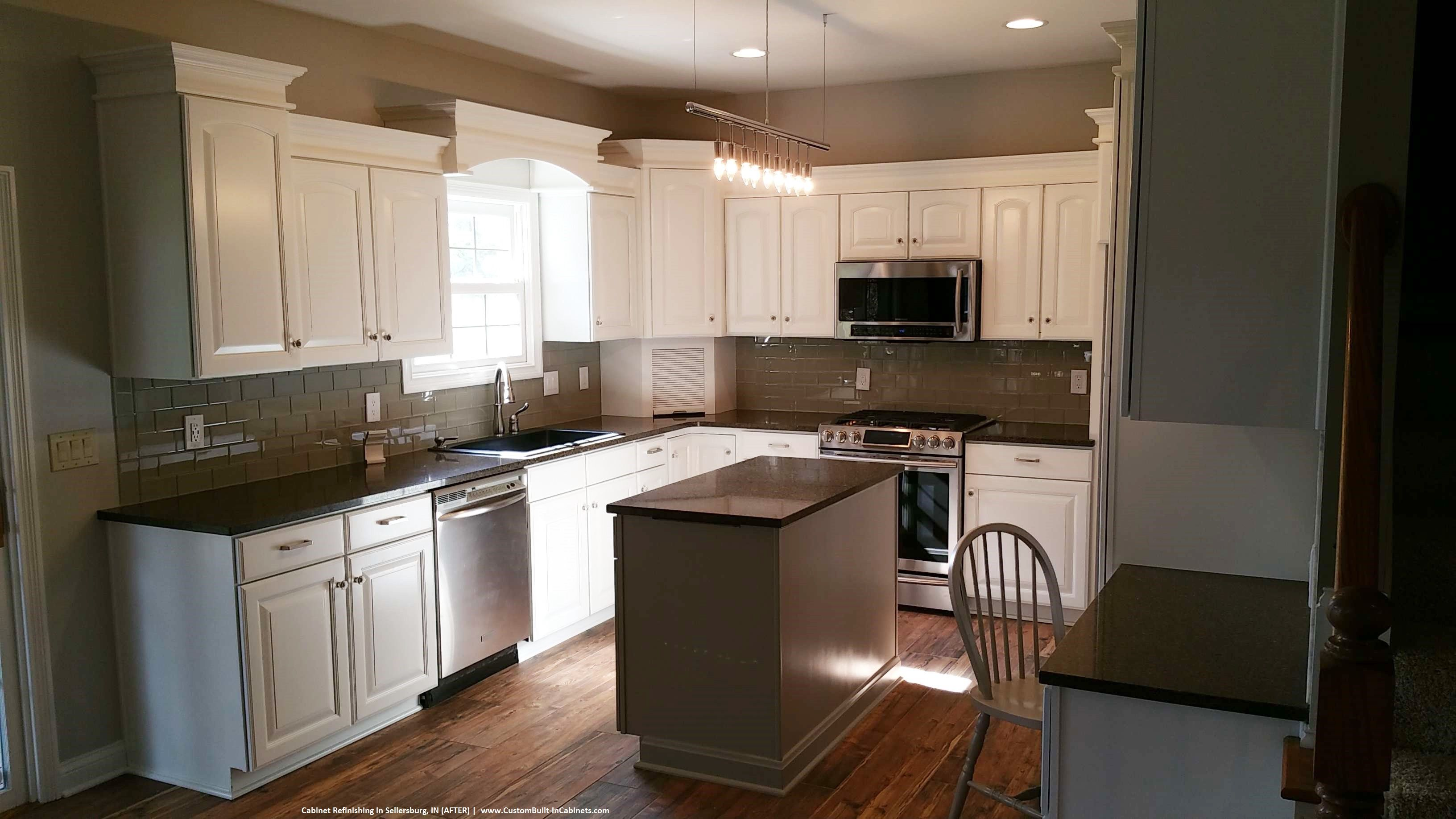 Cabinet Refinishing Louisville And Southern Indiana Areas Https Ift Tt 2tojnsv Kitchen Cabinets Kitchen Refinishing Refinish Kitchen Cabinets