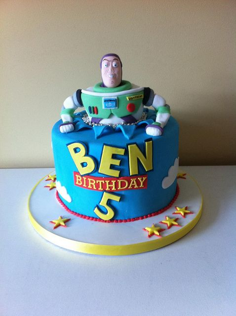 Buzz Lightyear Cake By Cakes Lea Via Flickr It Even Has His Name On