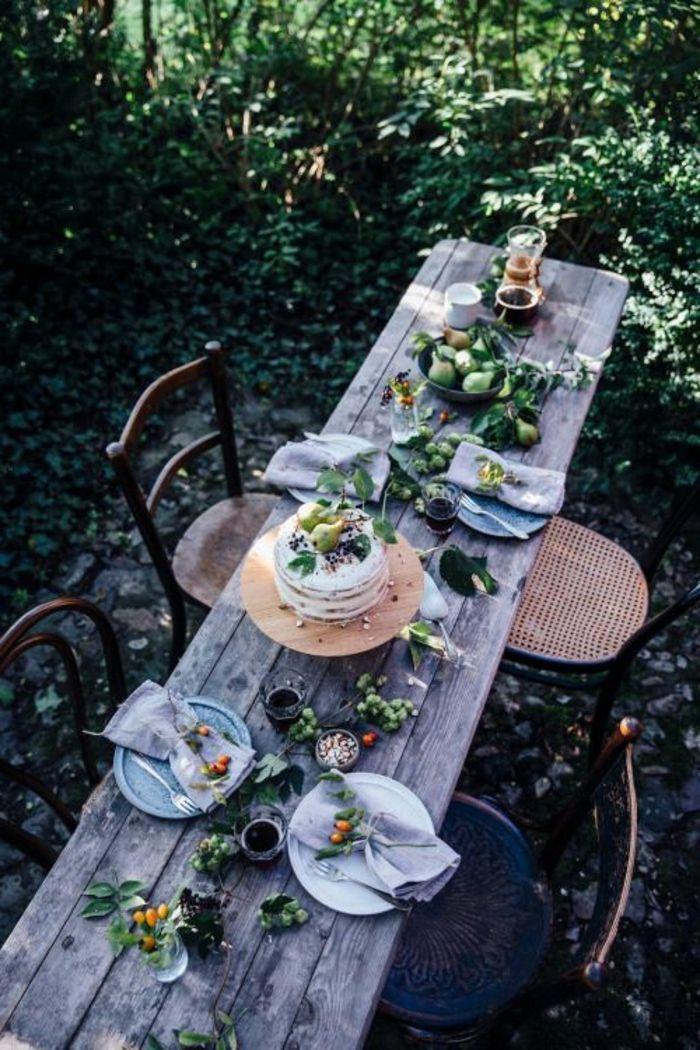 Gartenparty deko 50 ideen wie sie ihr fest sch ner - Rustikaler gartentisch ...