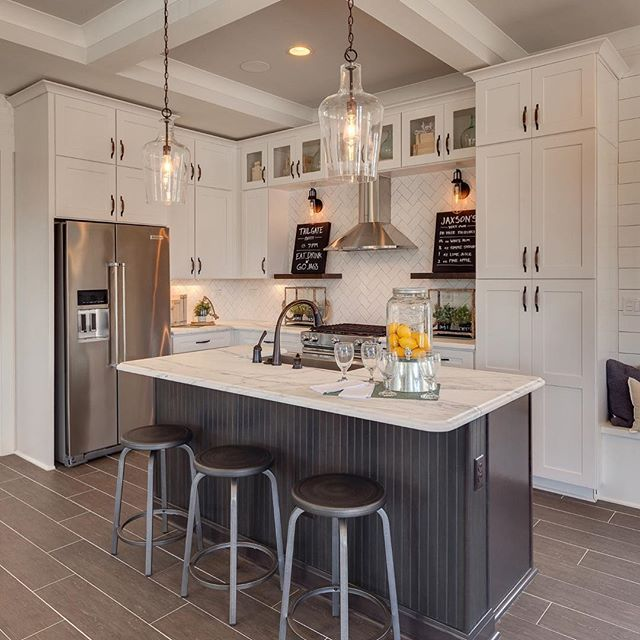 Exceptionnel #TileTuesday Features A FABULOUS Kitchen Design And Installation By Dream  Finder Homes Out Of Jacksonville