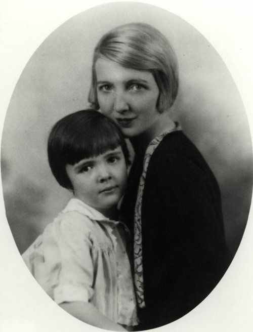 edith luckett davis with her daughter nancy reagan