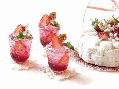 Strawberry jelly