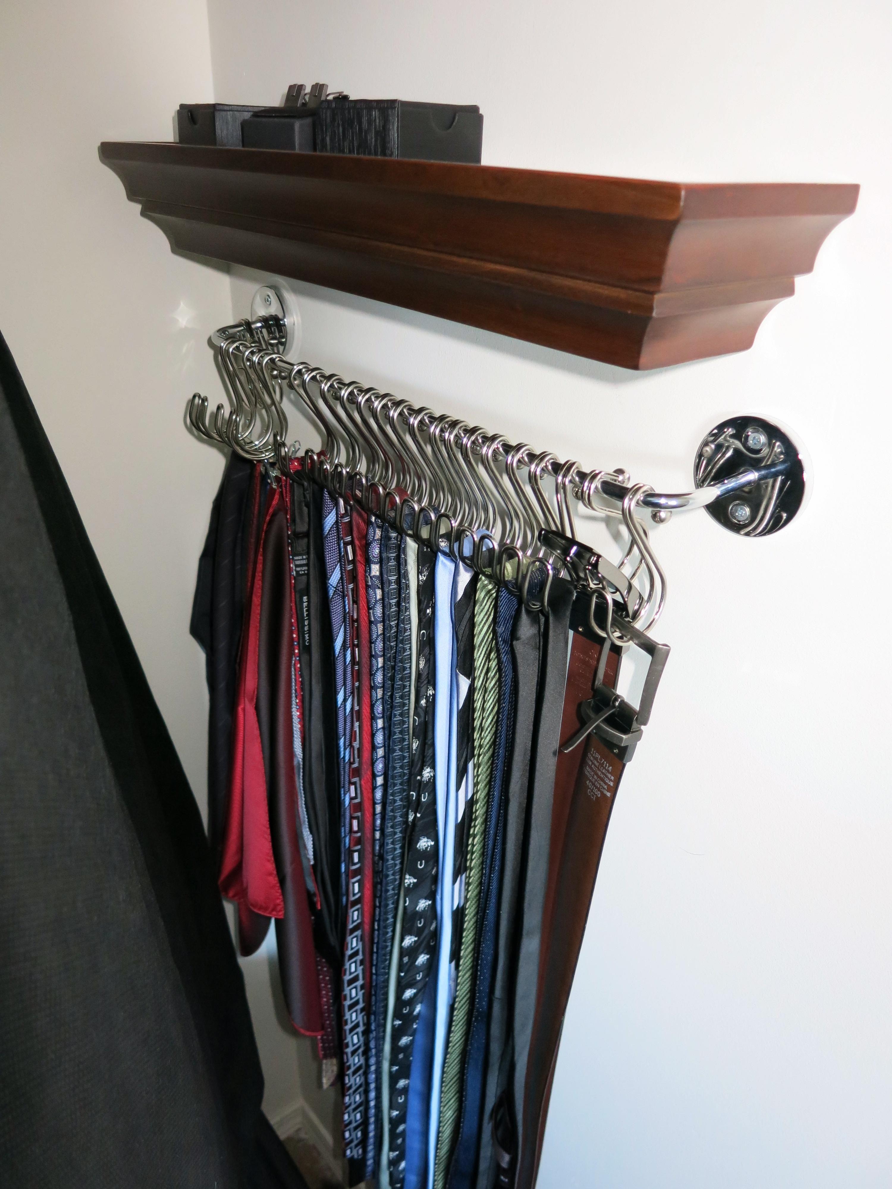 Suit accessory organization and storage   Tie, belt ...