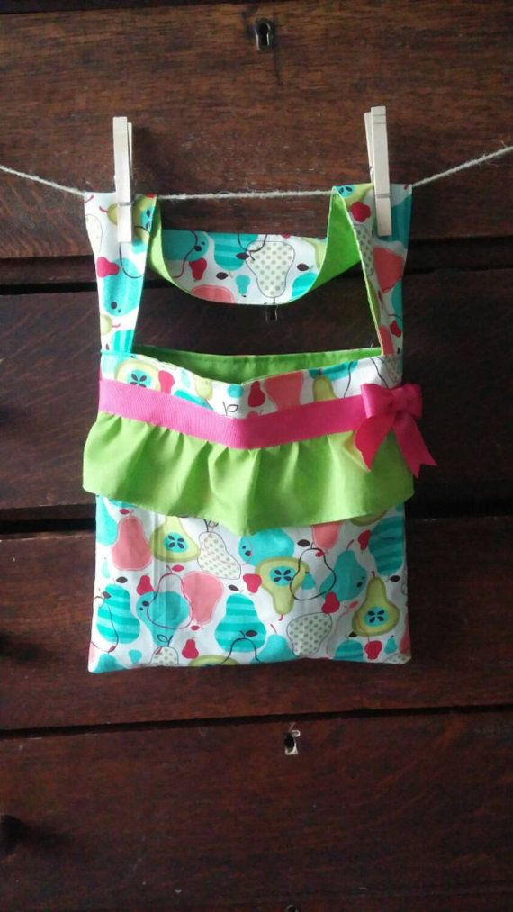 Check out this item in my Etsy shop https://www.etsy.com/listing/242540508/perfectly-pear-girls-tote