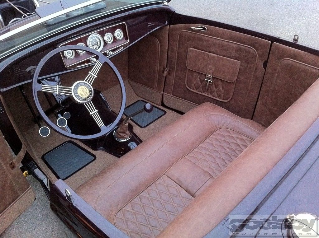 32 Ford Roadster Interior