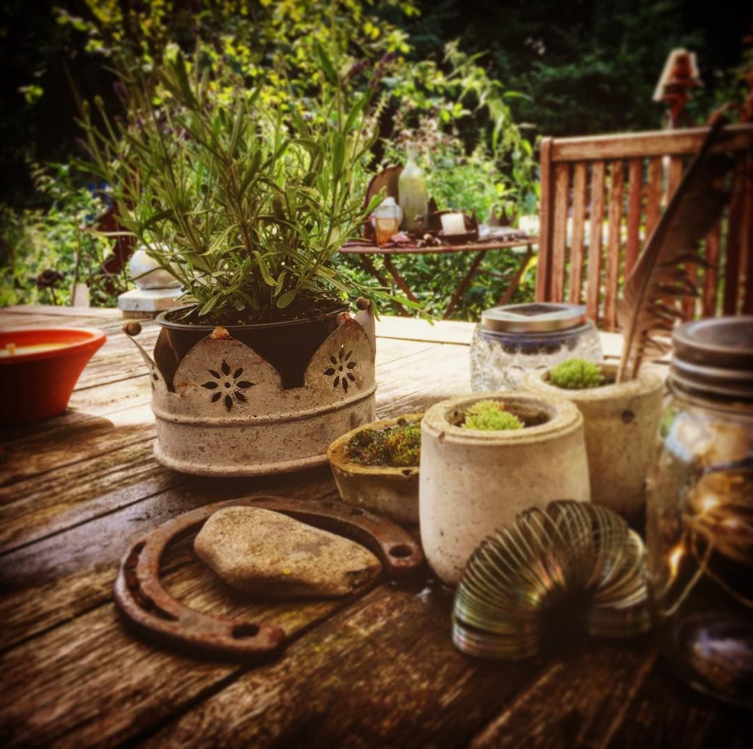 """Photo of Rainer Wermelt på Instagram: """"Tabell 17. Kurt & # 39; s venner sitter ved bordet 17. #sommer #sommerdeko #sommergarten #sommertag #sommerlaune #sommerwetter # sommerimgarten…"""""""