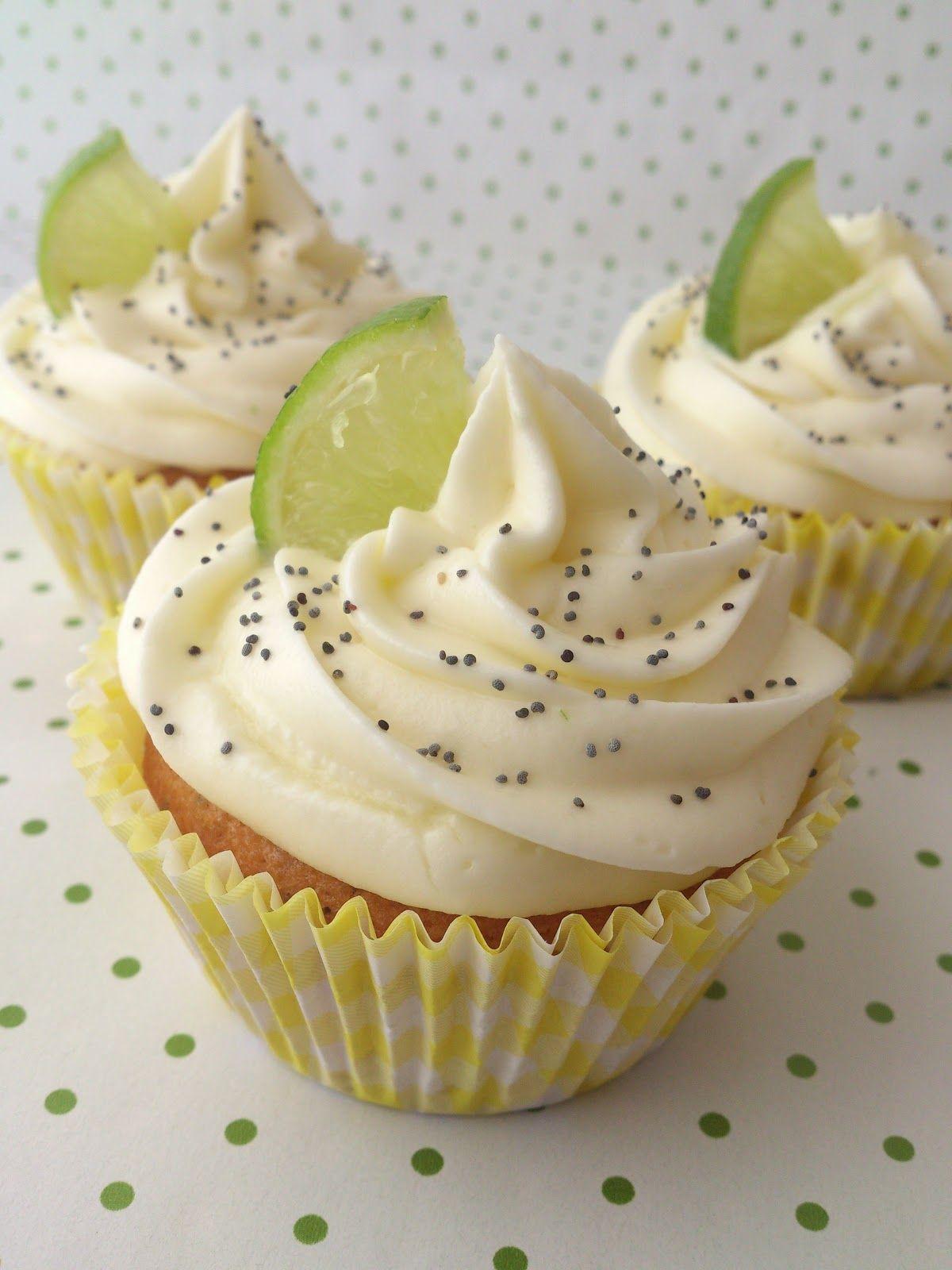 Frambuesa y Caramelo: Cupcakes lima-limon con semillas de amapola