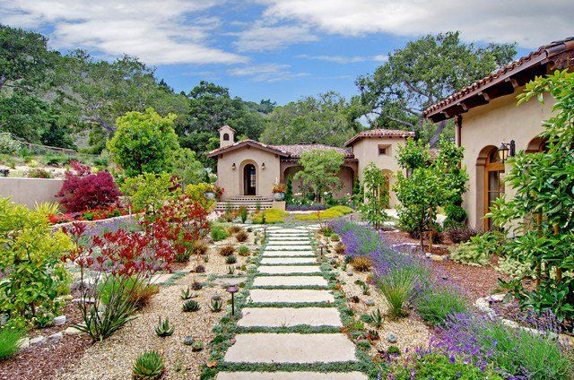Tuscan Front Yard Landscaping: 18 Cultivated Mediterranean Landscape Designs That Will