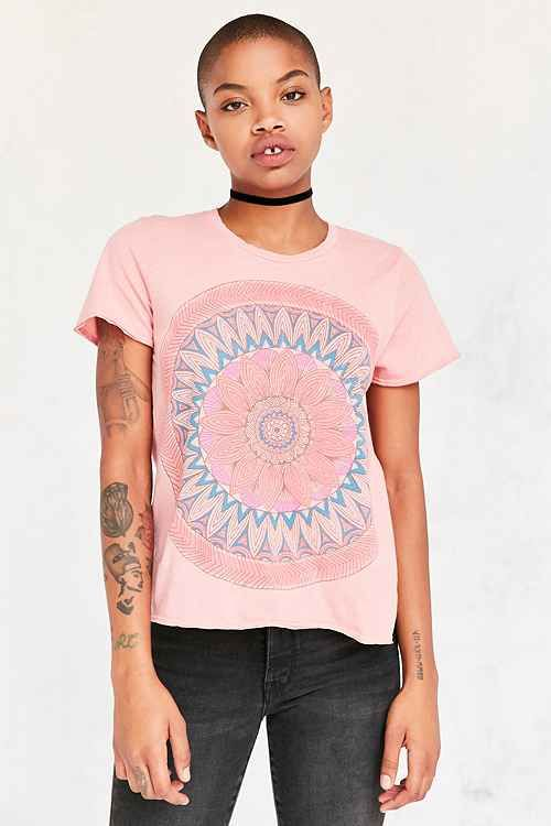 Graphic Tees for Women - Urban Outfitters