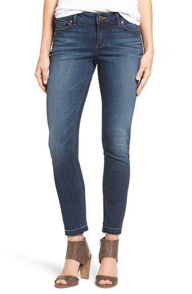 Free shipping and returns on Lucky Brand Lolita Stretch Skinny Jeans at Nordstrom.com. Released and frayed hems skim the ankles of curve-hugging skinny jeans crafted with stretch comfort.