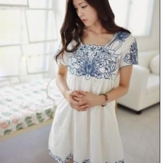 Buy 'Ringnor – Square-Neck Embroidered Dress' with Free International Shipping at YesStyle.com. Browse and shop for thousands of Asian fashion items from China and more!