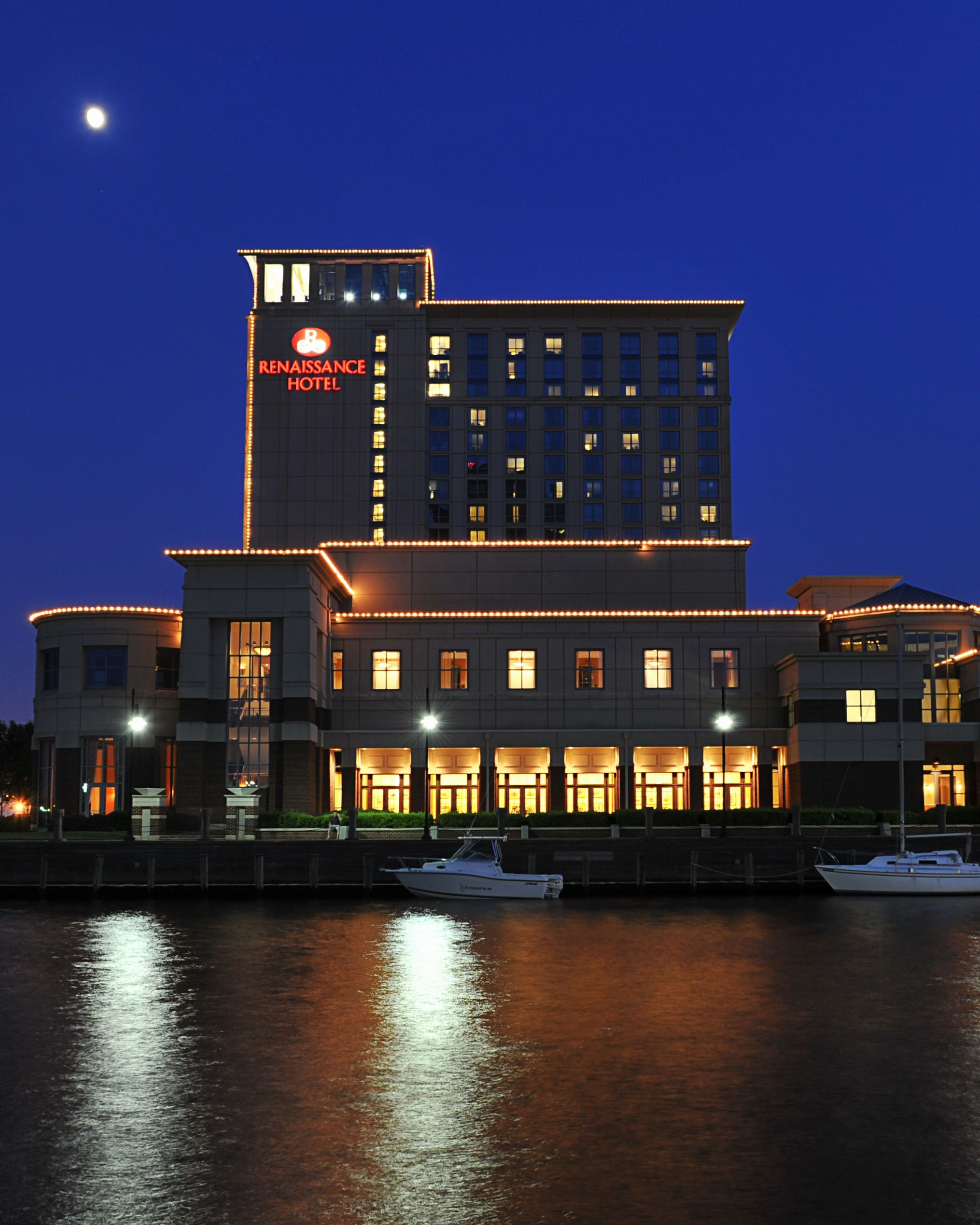 Renaissance Portsmouth Norfolk Waterfront Hotel In Va