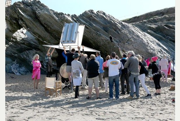 """'THE SHELL SEEKERS' (2014) 