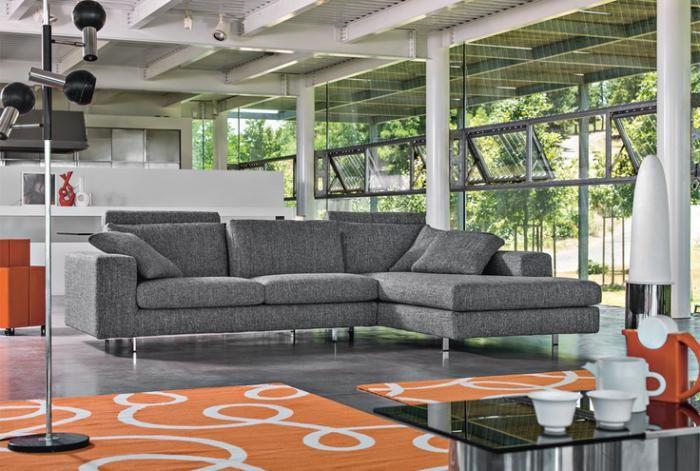 Le Canape Poltronesofa Meuble Moderne Et Confortable Archzine Fr Meuble Moderne Meuble De Style Mobilier Classique