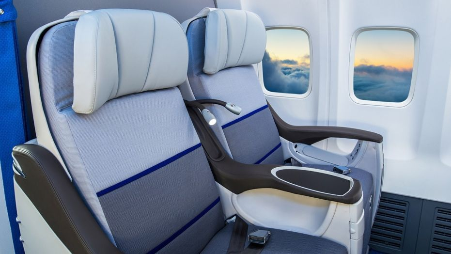 How To Snag A Better Airline Seat Without Paying Too Much More If Anything Cenario Anime