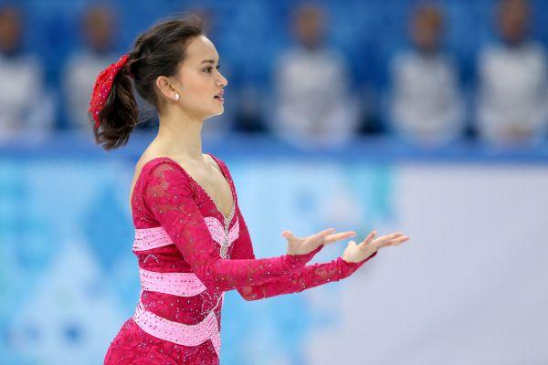 Olympics Figure Skating Hairstyles You Can Copy Right Now Figure Skating Hair Women Figure Figure Skating