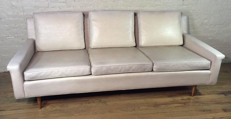 Genial Vinyl Sofa