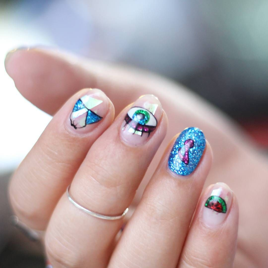 Triangle Nails by unistella_by_ek_lab | Nails, Triangle