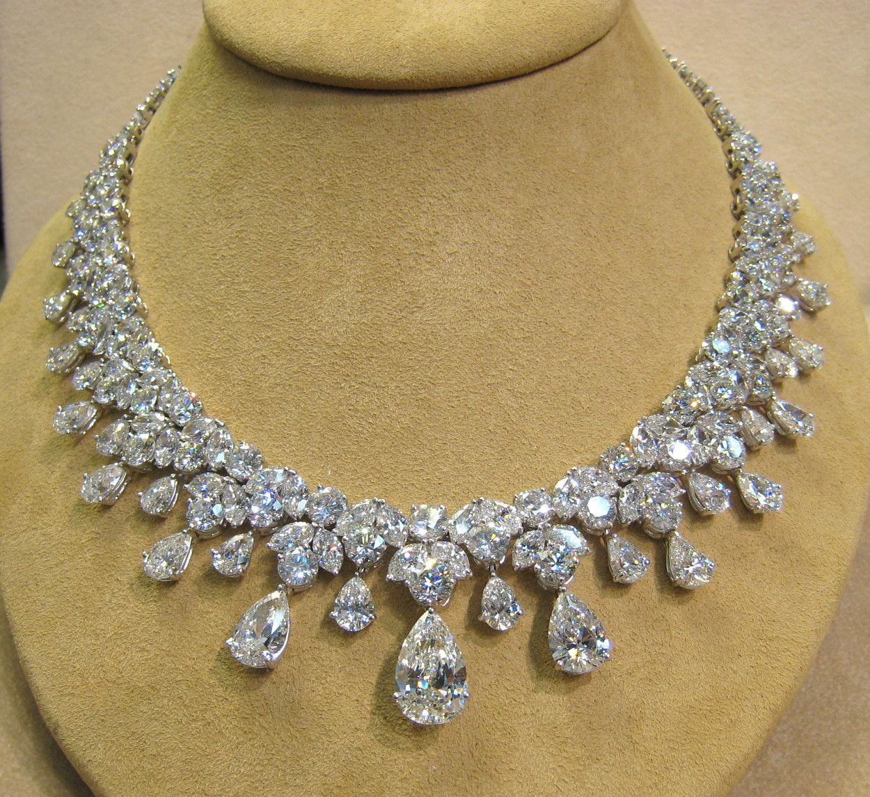 Most Expensive Jewelry Designers | : Diamond Necklace